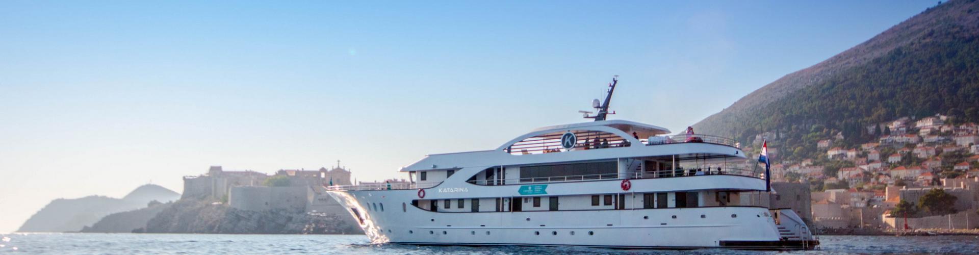 2019. Deluxe Kreuzfahrtschiff MV Katarina