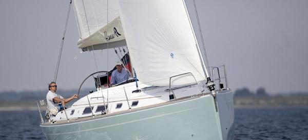 Segelyacht Hanse 400