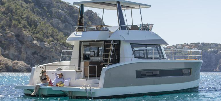 Motoryacht Fountaine Pajot MY 37