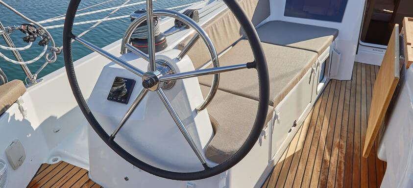 Segelyacht Sun Odyssey 410