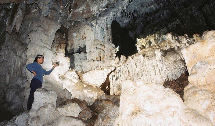Die furchteinflößende Höhle auf Dugi otok - Tor zu einer anderen Welt