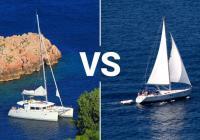 Was chartern Sie diesen Sommer? Einrumpfboot oder Katamaran?