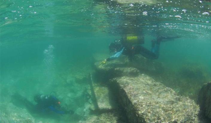 Der Hafen von Silbio - Spuren des Altertums