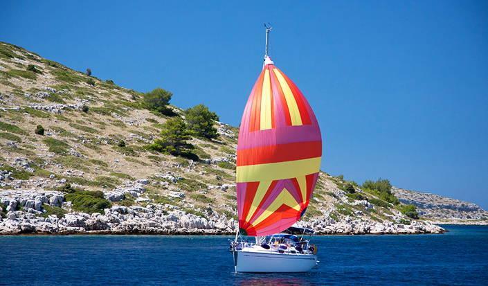 Warum Sie diesen Sommer einen Segeltrip durch Kroatien buchen sollten