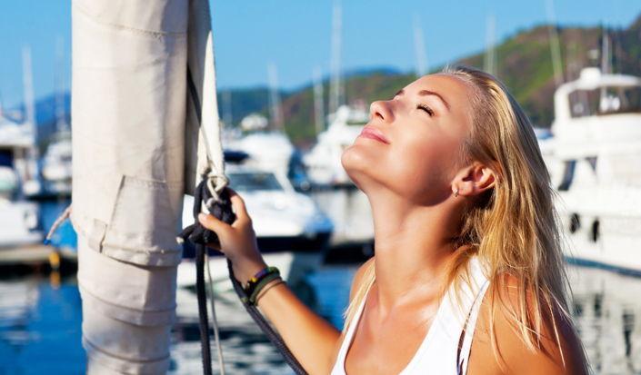 Sonnenschutz beim Segeln