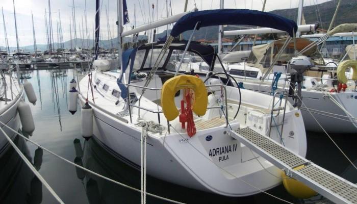 Dufour 365 ( 2 cab. ) 2009