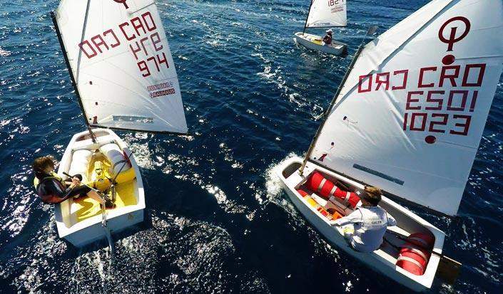 Yacht Rent bietet Unterstützung bei Freizeit- und Sportsegeln in Kroatien